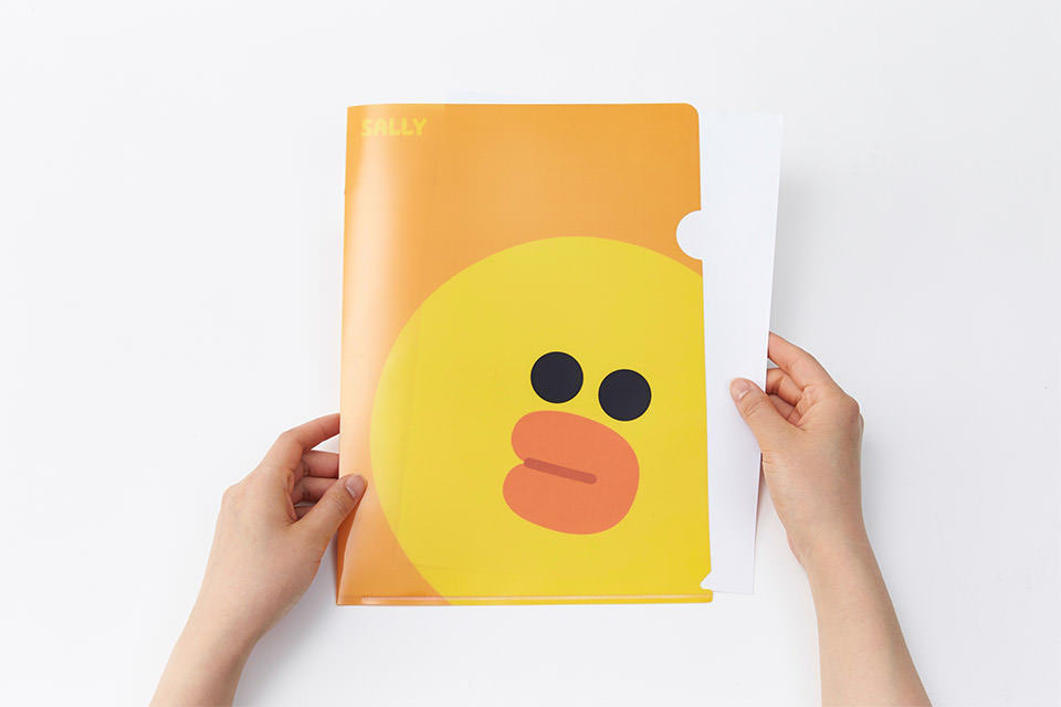 Factory price eco-friendly custom cartoon designs L shape stationery clear portfolio pp file folder